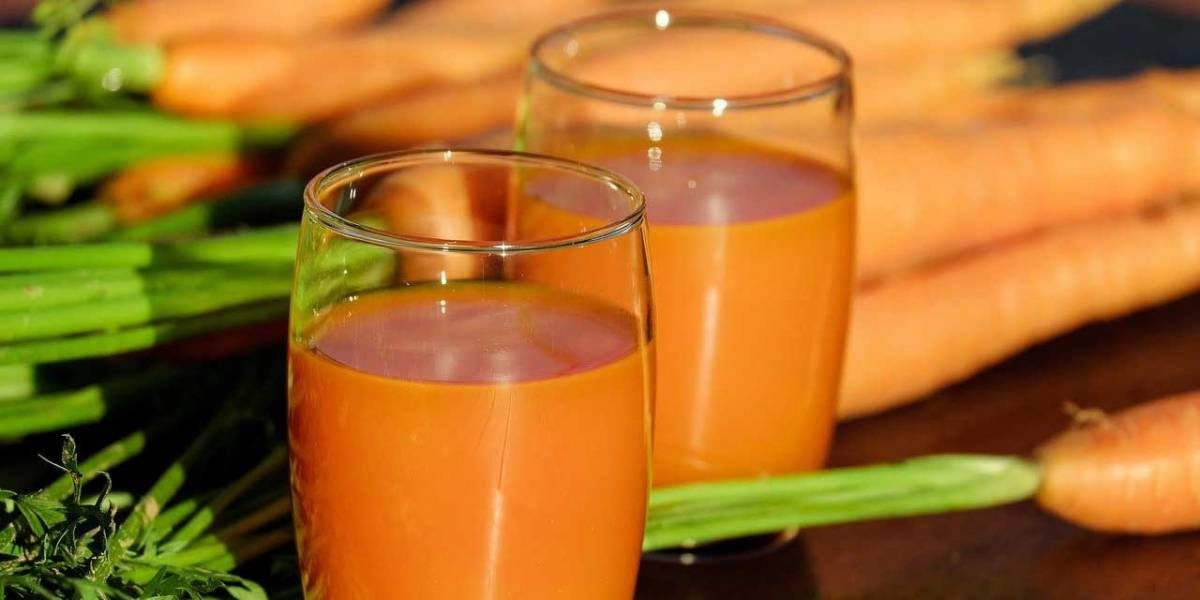 Los beneficios de tomar jugo de zanahoria