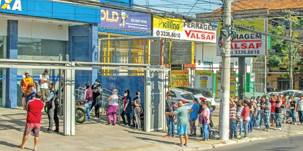 Dupla é presa por sacar auxílio emergencial de outros beneficiários