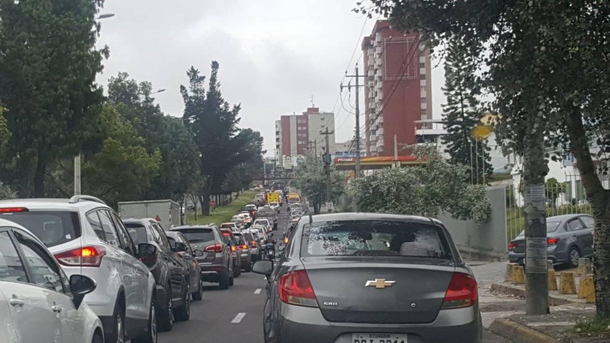 Congestión vehicular en la Mariscal Sucre