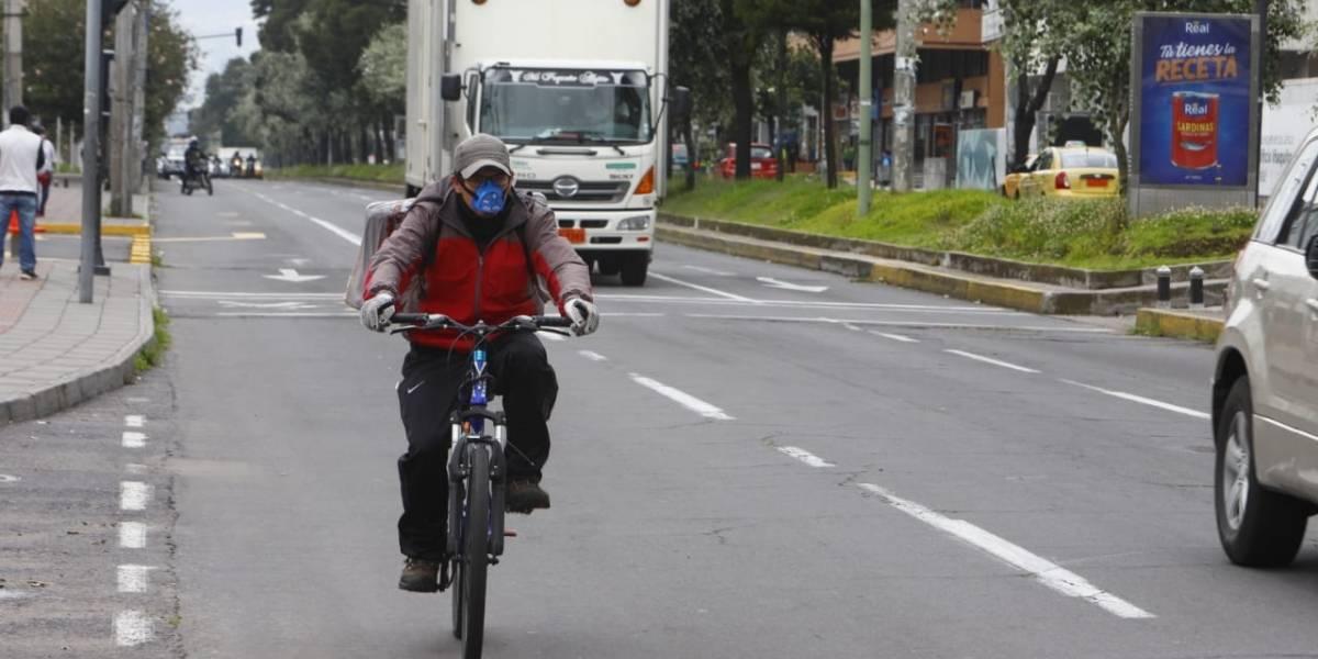 ¿Qué tipo de restaurantes serían los primeros en operar en Quito?