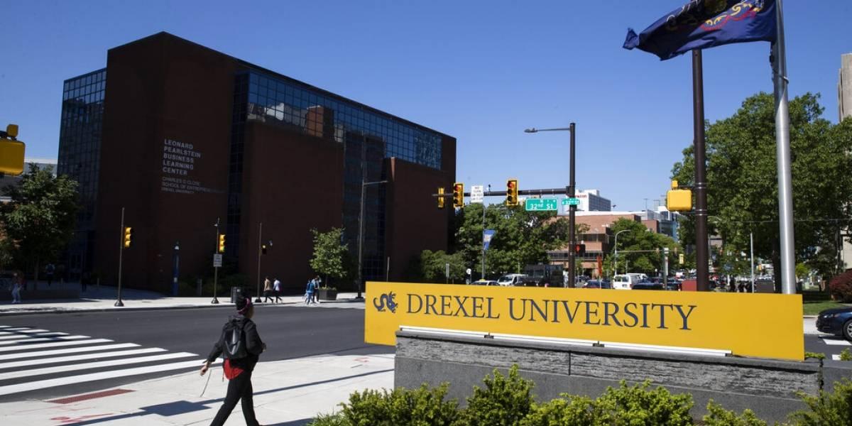 Estudiantes demandan a universidades y exigen reembolsos por clases en línea