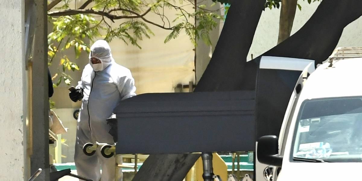 Ciudad colombiana, desbordada por muertes de coronavirus