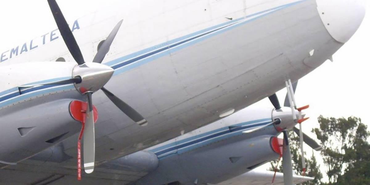 Ejército respeta sugerencia de Contraloría de suspender evento para reparar aeronave