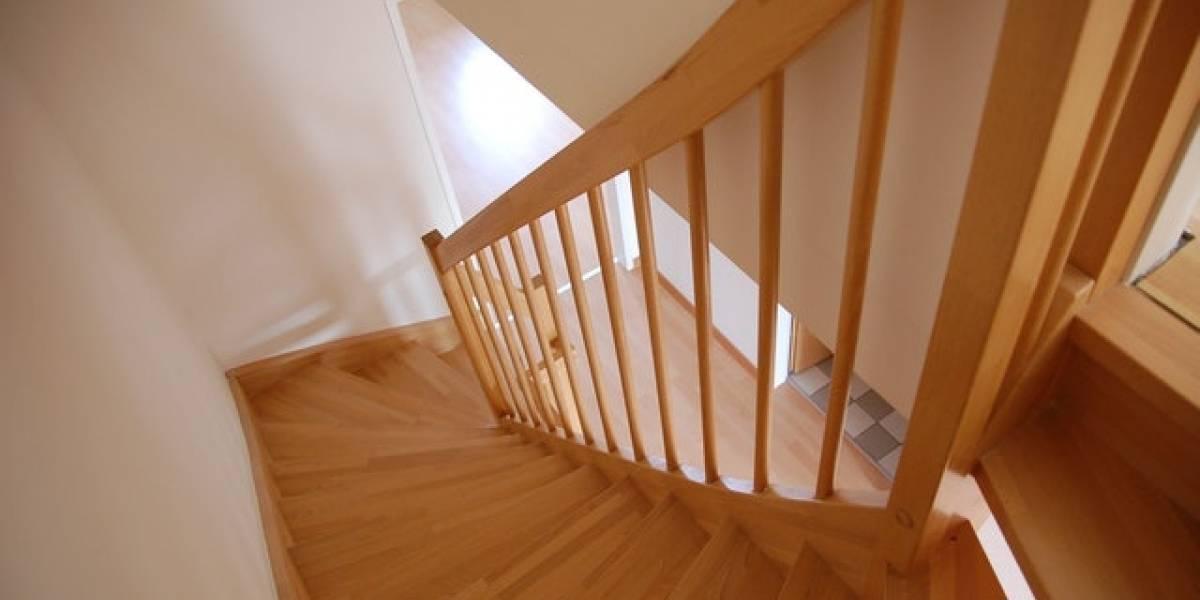 Ejercicios para entrenar todo el cuerpo usando solo las escaleras
