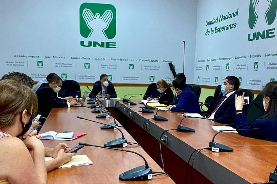 citación de la UNE con autoridades del Ministerio de Trabajo