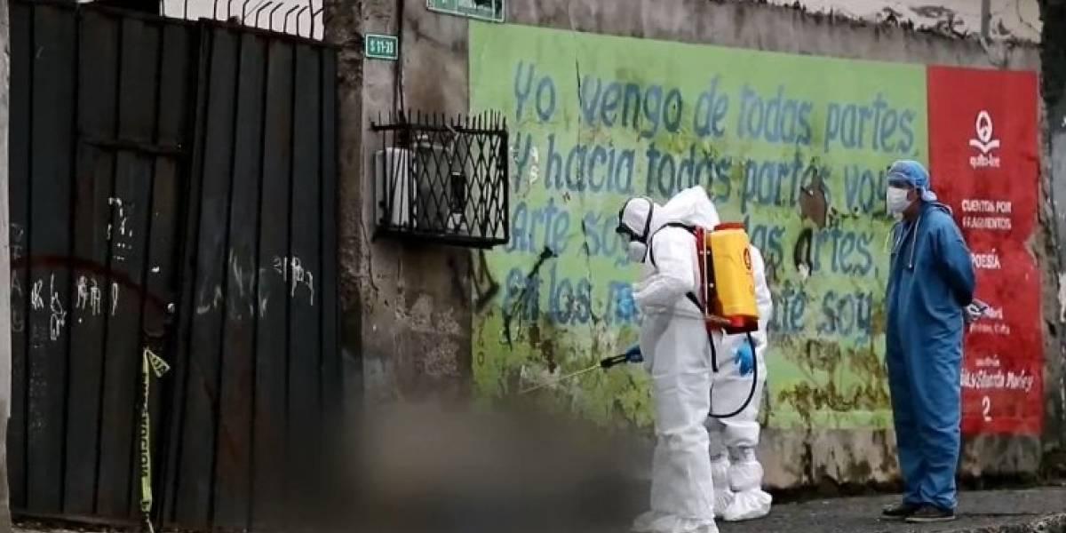 Aumentan fallecidos por sospecha de COVID-19 en casas y en calles de Quito
