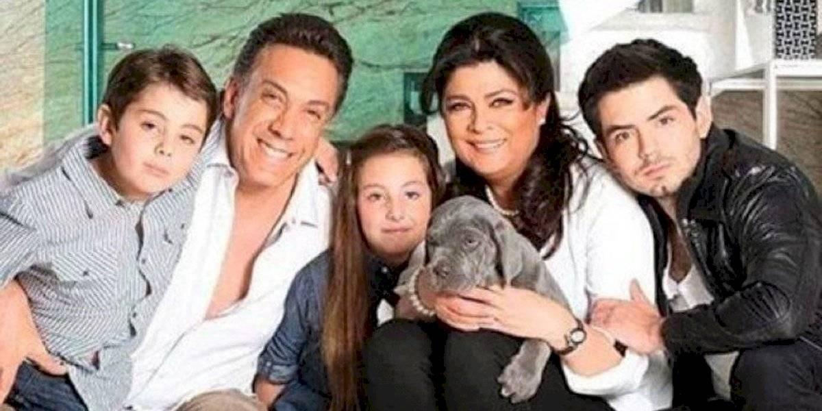 """Crueles críticas al hijo menor de Victoria Ruffo por no ser tan """"guapo"""""""