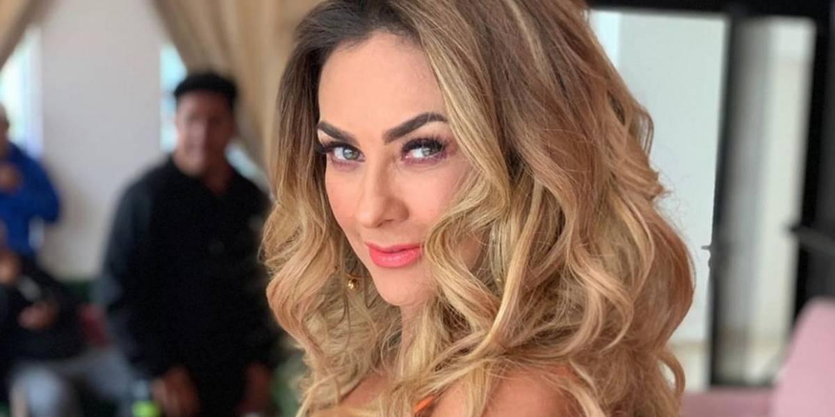 Aracely Arámbula deslumbra con una blusa trenzada con escote muy sensual
