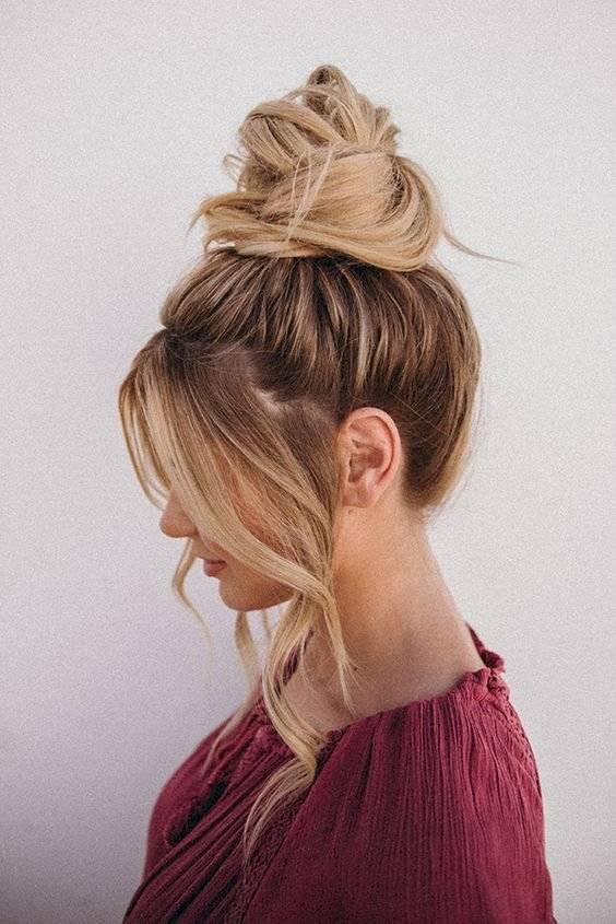 Peinados con cabello suelto para cara redonda