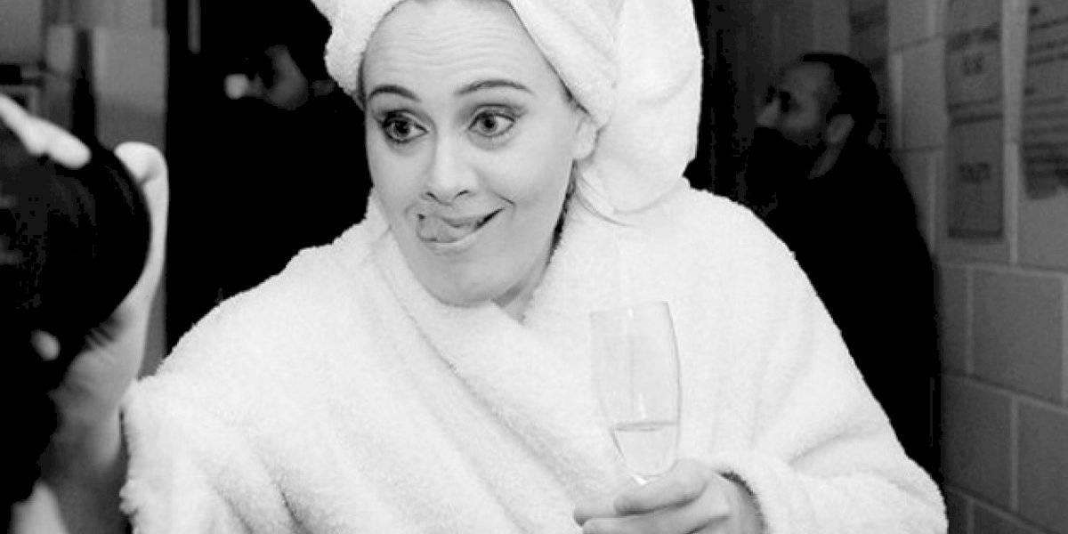 ¡Sorprendente! Adele muestra a sus fans su cambio físico tras cumplir 32 años