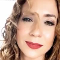 Alexandra Fuentes celebra sus 43 años y comparte deslumbrante foto