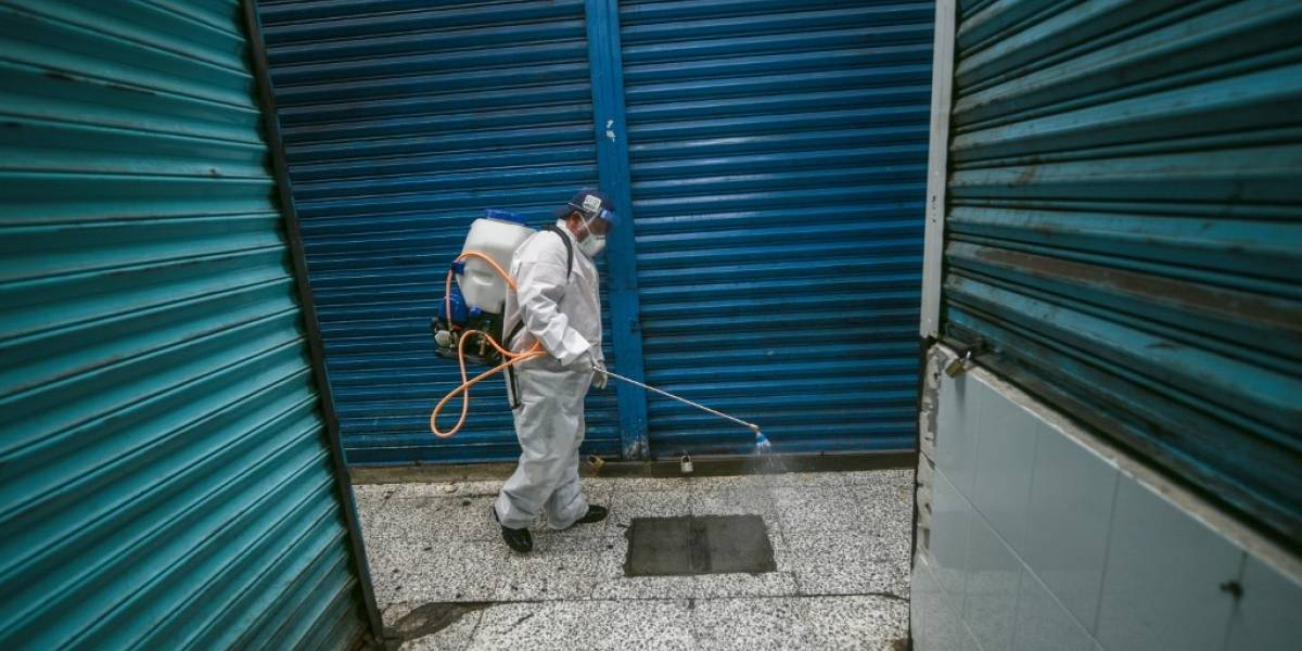 Coronavirus deja casi 295 mil muertos en todo el mundo