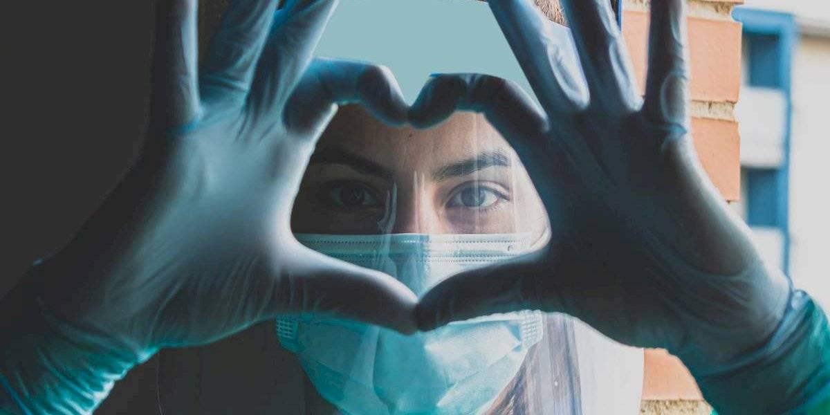 Winia contribuye al esfuerzo de los médicos con importante donativo