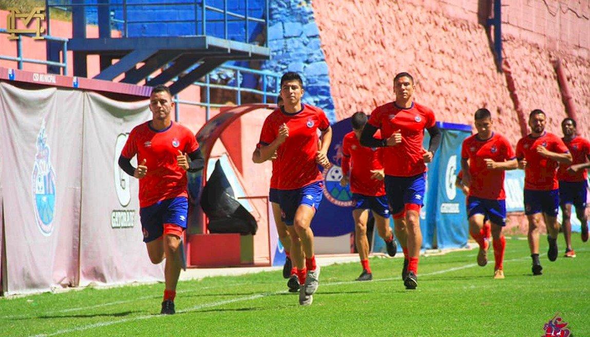 Liga Nacional da 24 horas a clubes para que respondan a protocolo