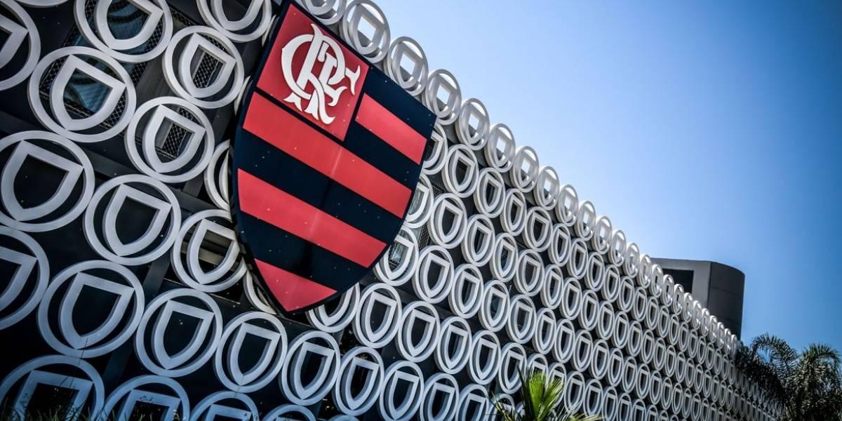 Flamengo faz 293 exames e 38 testam positivo para a covid-19