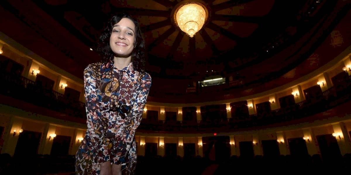 Junte de estrellas en festival musical el Día de las Madres