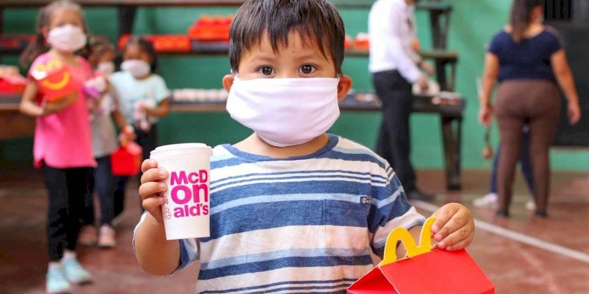 McDonald's lleva doble sonrisa a miles de niños guatemaltecos