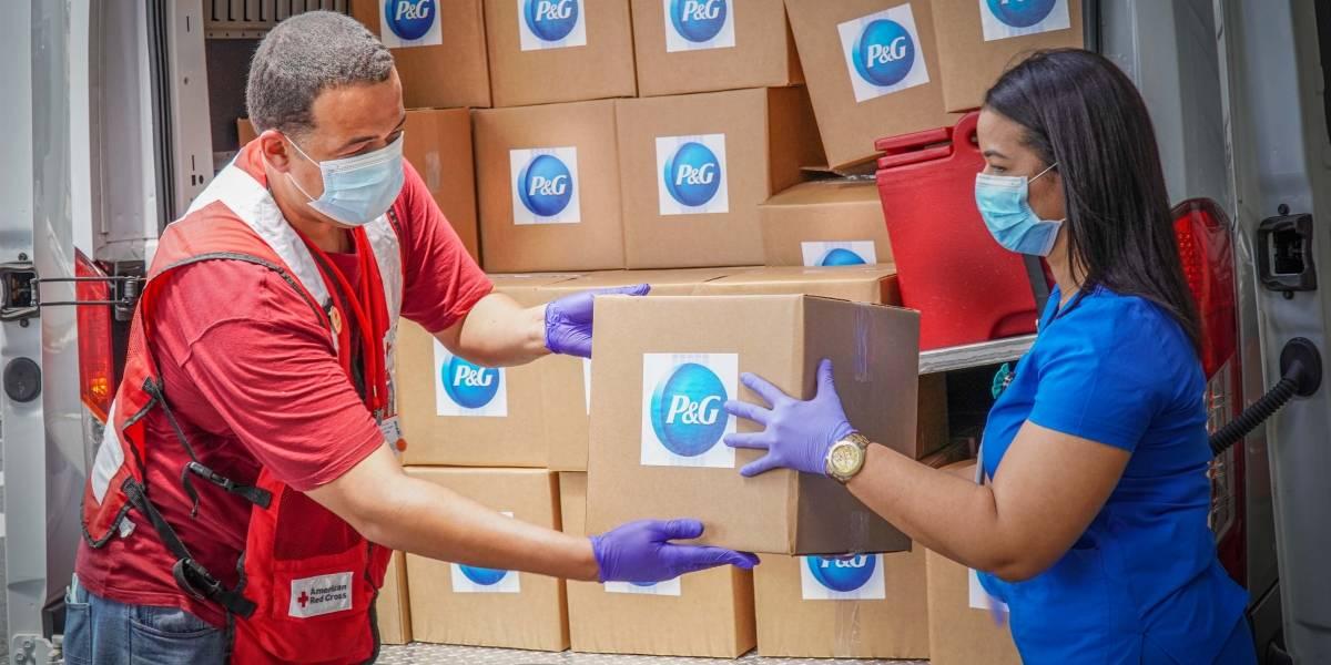 P&G entrega más de $100,000 en artículos de higiene del hogar  y aseo personal a empleados de hospitales