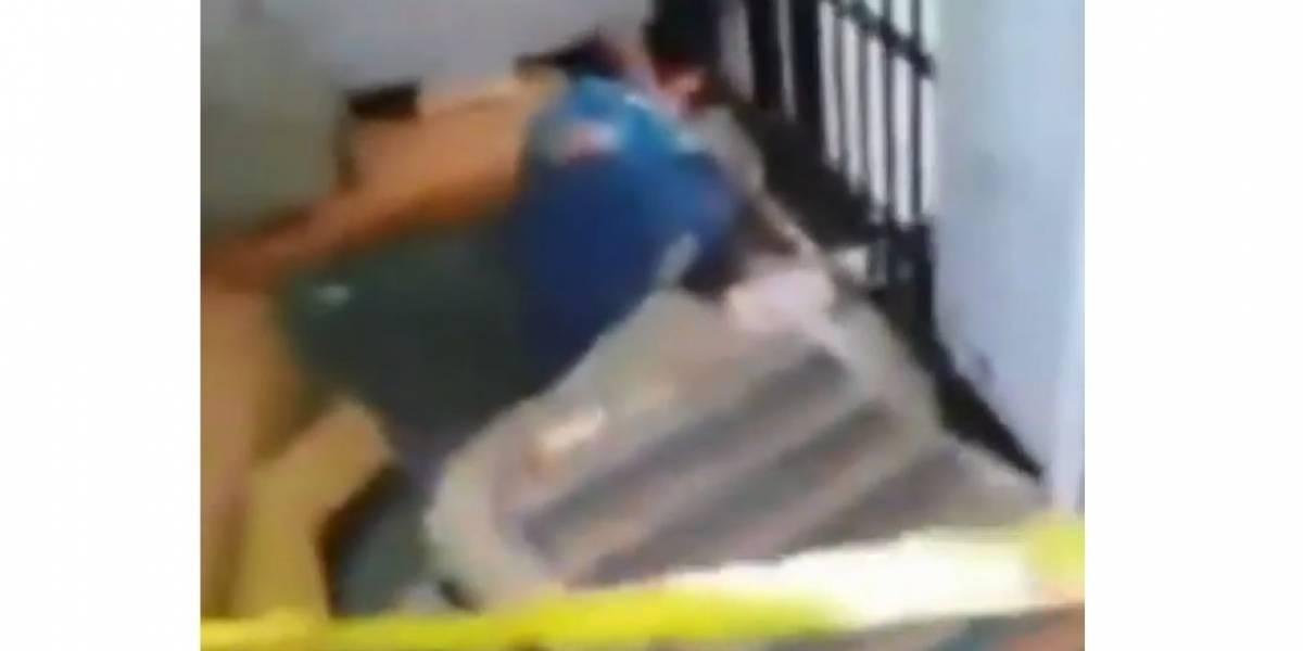 Reclusos de una cárcel denuncian que un hombre amaneció muerto y ocho horas después levantaron su cuerpo