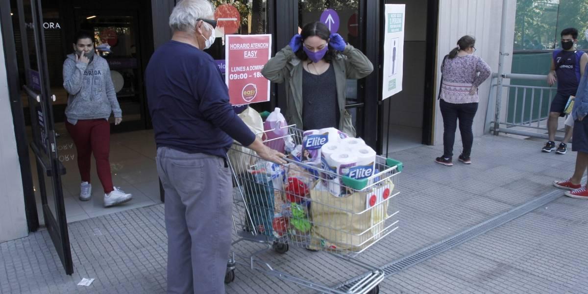"""""""Batalla de Santiago"""": comienza megacuarentena en 25 comunas con un total 4.300.000 de personas"""