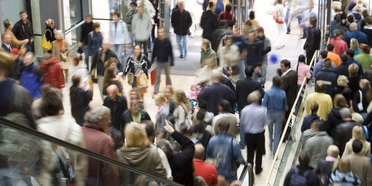 Revelan cuándo podrían abrir los centros comerciales