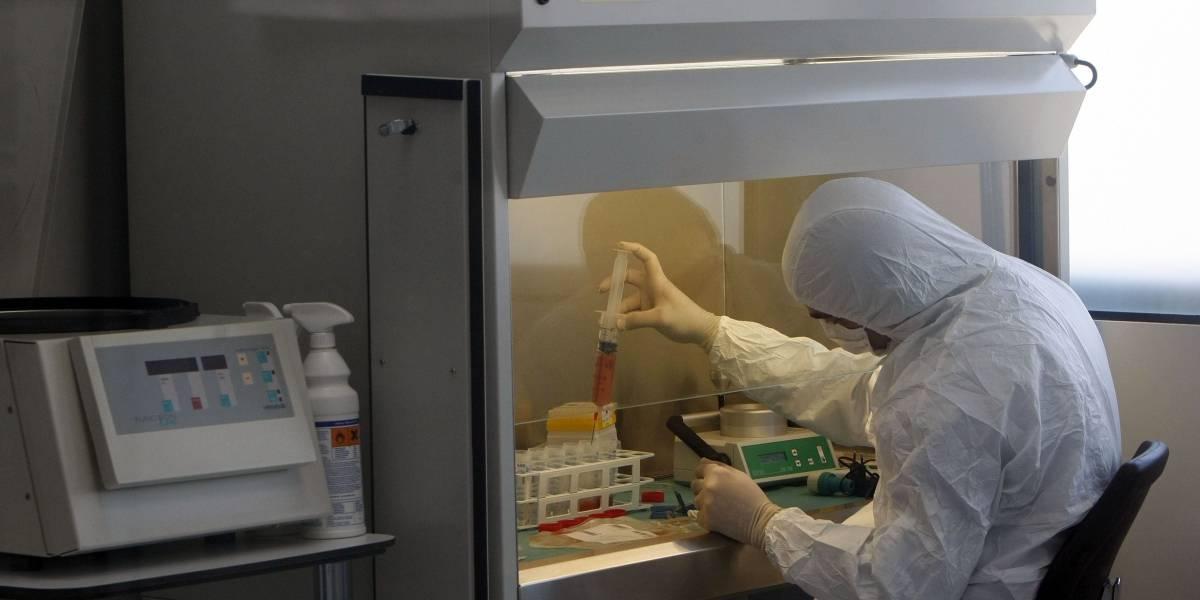 Pastilla para espesar saliva podría reducir riesgo de contagio de la COVID-19