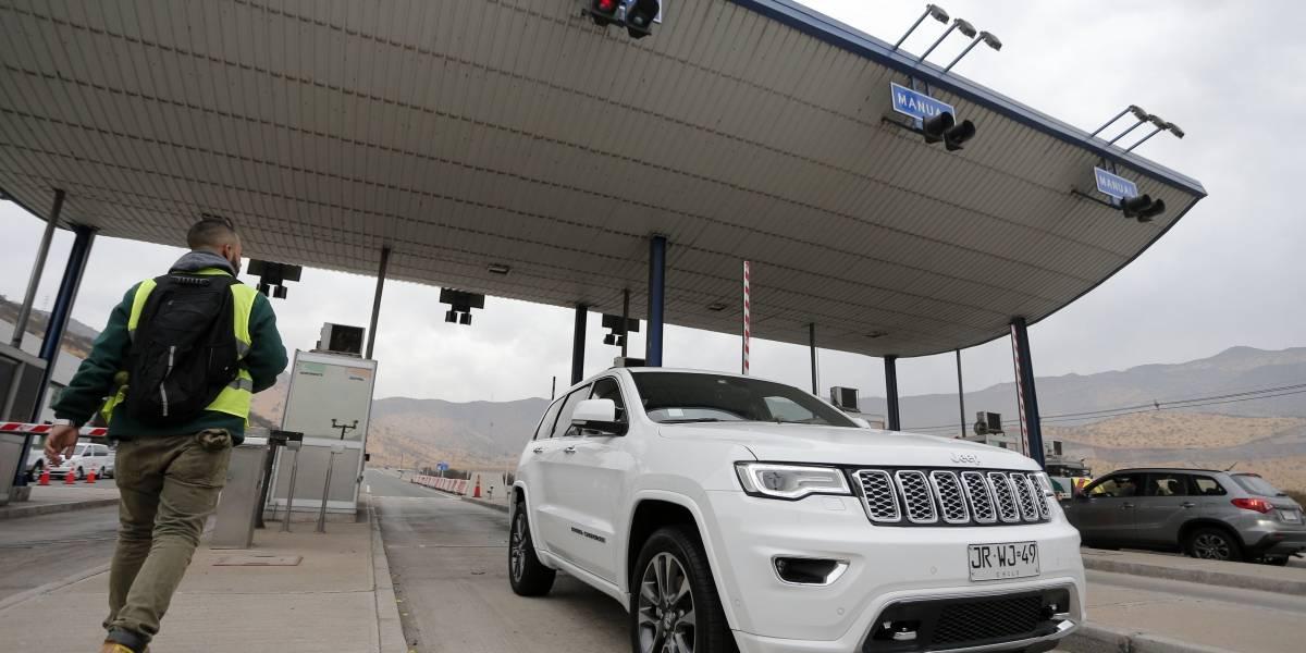 Combos iban y venían: el MOP y autopistas metropolitanas concesionadas chocan por tarifas