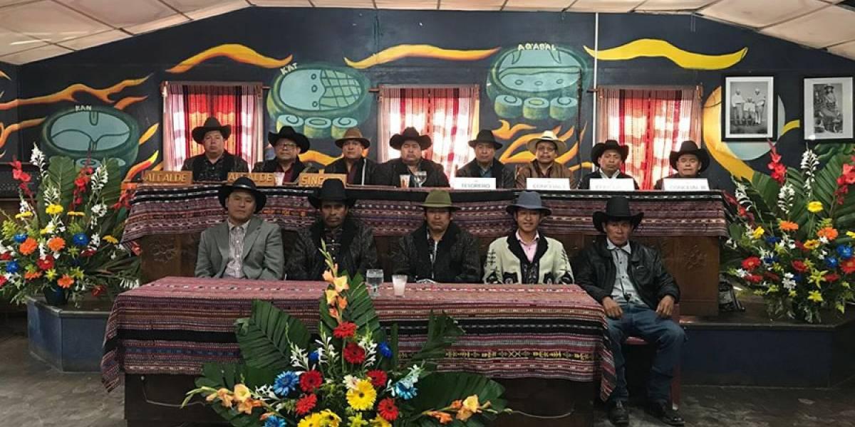 """Covid-19: Municipalidad Indígena de Sololá """"exige"""" a Giammattei se respeten restricciones"""