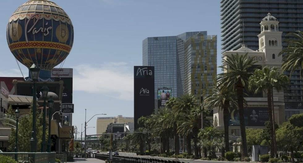 Se observa una parte de Las Vegas vacía en medio de la pandemia del coronavirus el 8 de mayo de 2020. (Bridget BENNETT / AFP).