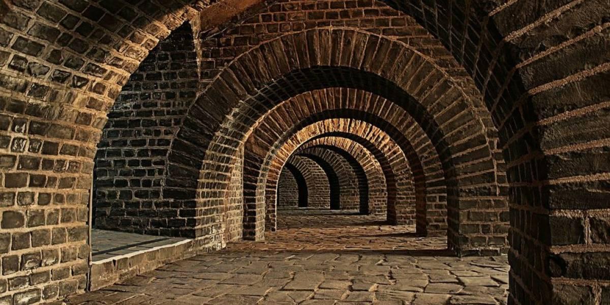 Descubre túnel antiguo que pasa por debajo de su casa en Inglaterra