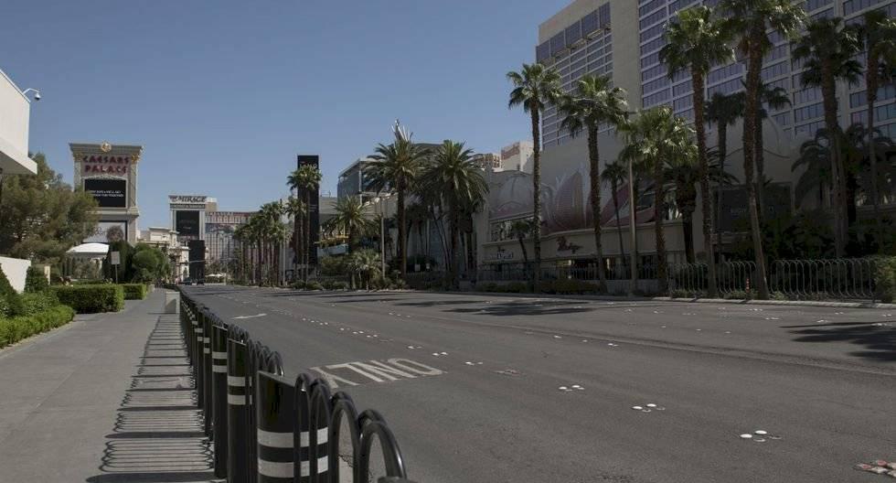 El Strip de Las Vegas se observa vacío en medio de la pandemia del coronavirus el 8 de mayo de 2020 en Las Vegas, Nevada. (Bridget BENNETT / AFP).