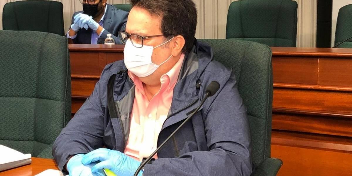Representante busca garantizar acceso libre y gratuito a vacunas contra el coronavirus