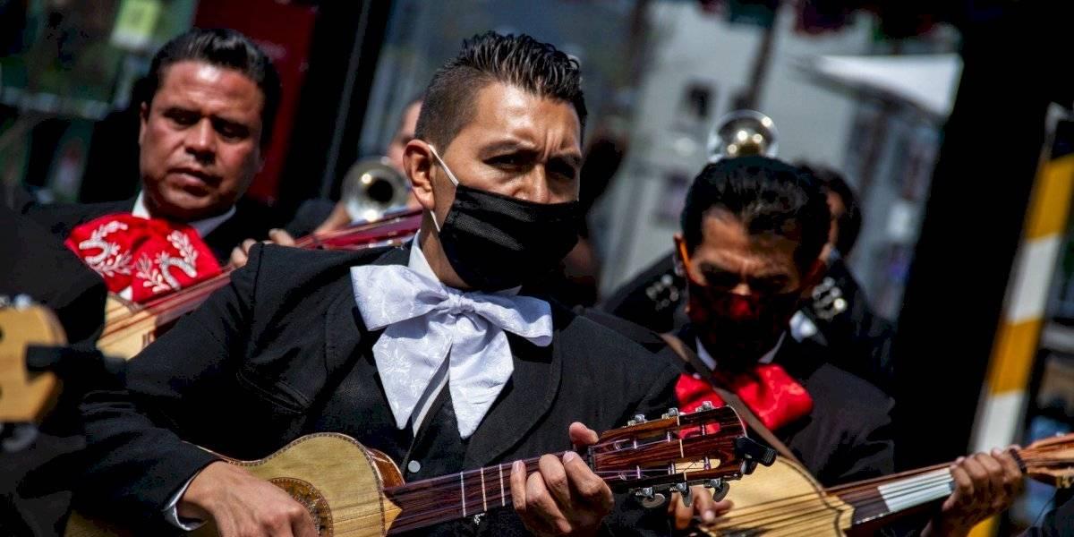 ¿Cómo se vive este Día de las Madres durante el confinamiento en México?