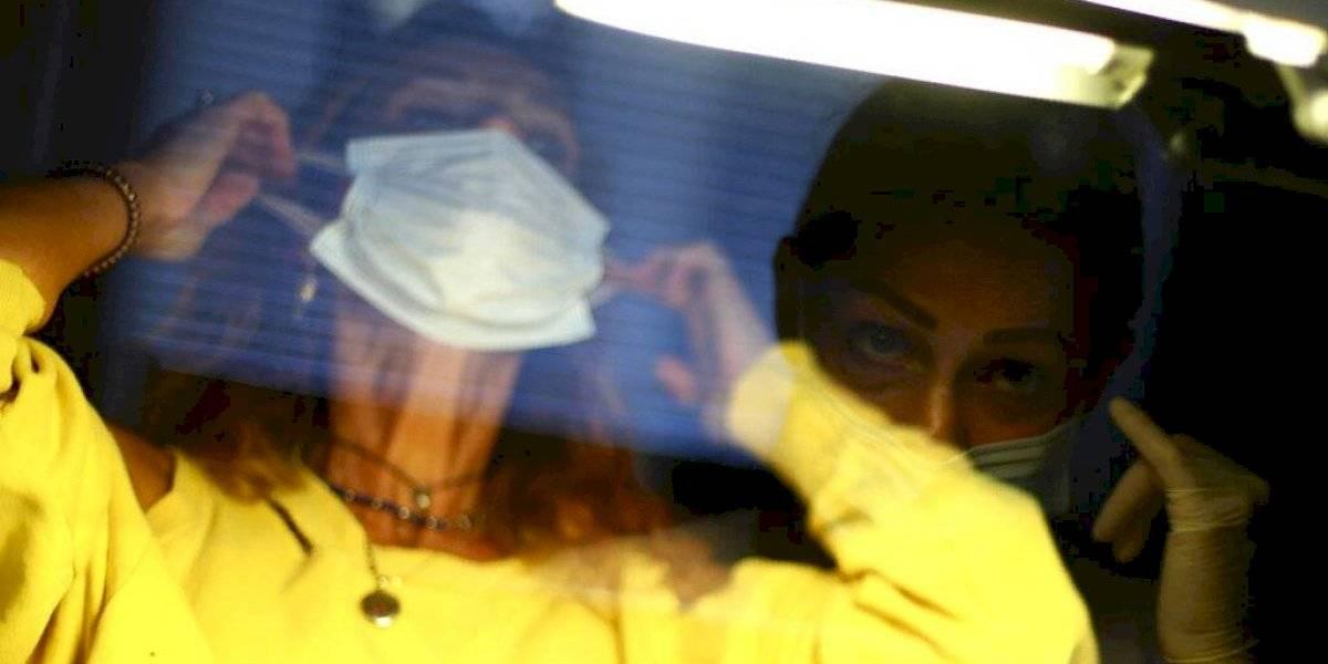 Continúan bajando número de nuevos casos de COVID-19 en Italia
