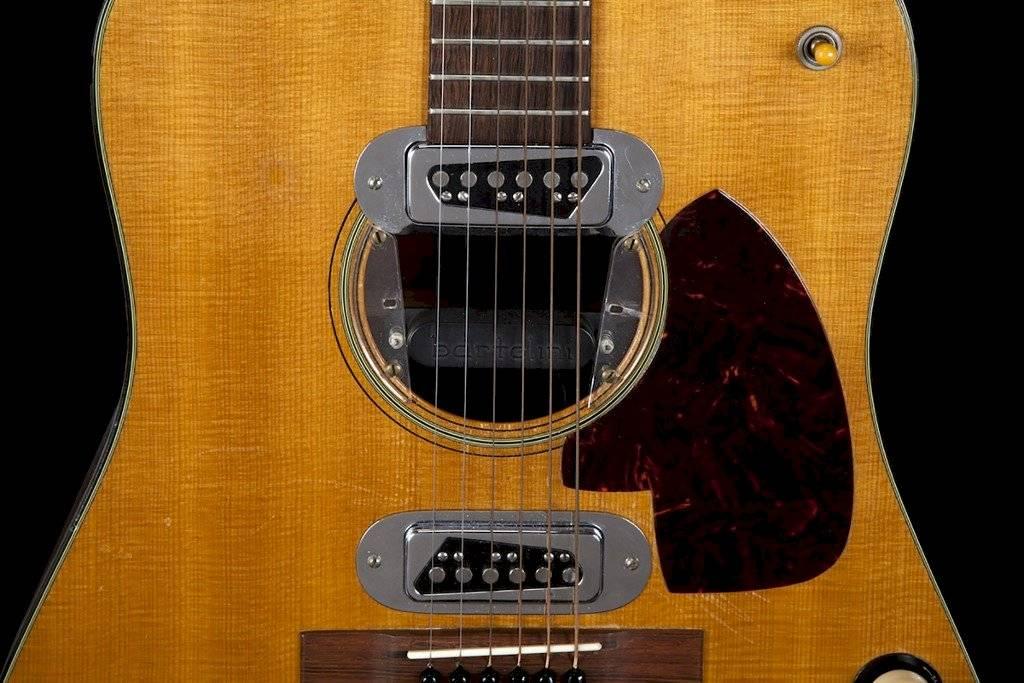 Guitarra que usó Kurt Cobain en el Unplugged de Nirvana