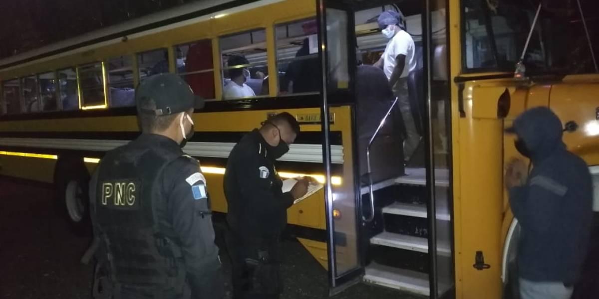 Retornados que arribaron hoy son trasladados a albergue Ramiro de León Carpio