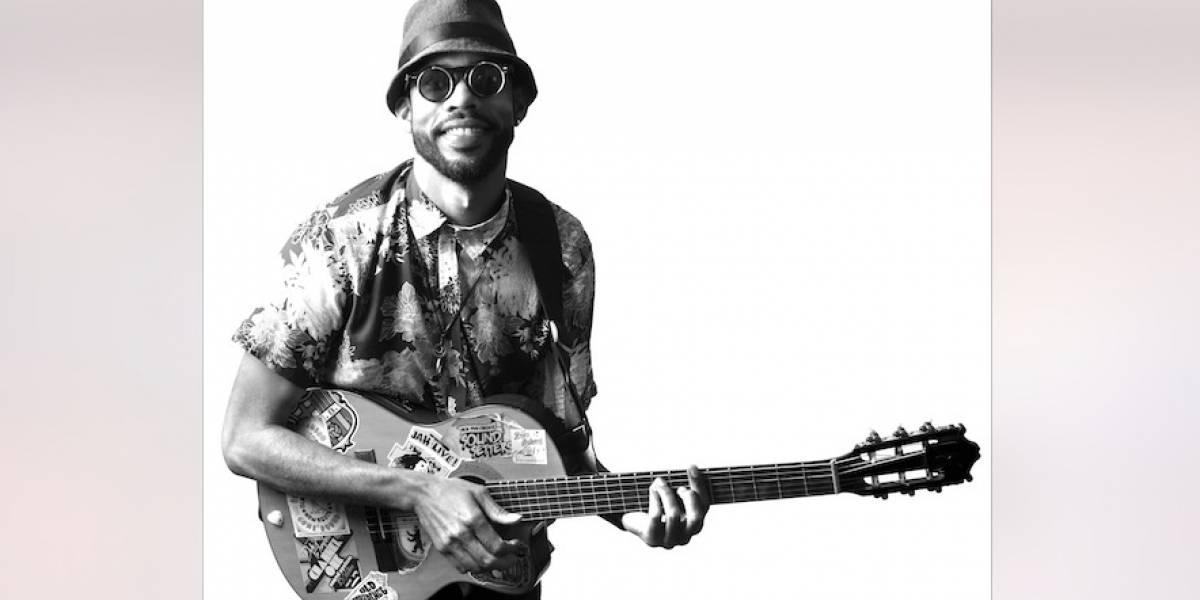 """Elkin Robinson: """"la música tradicional de Providencia no es una pieza aburrida de museo"""""""