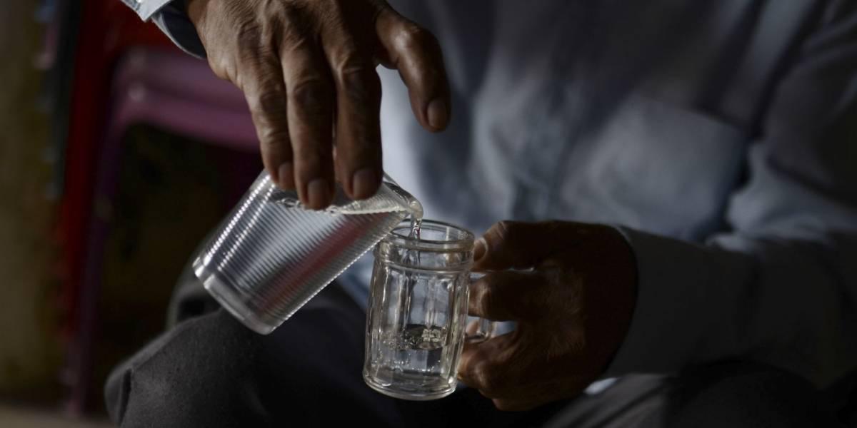 Suman 7 muertes en Yucatán por beber alcohol adulterado