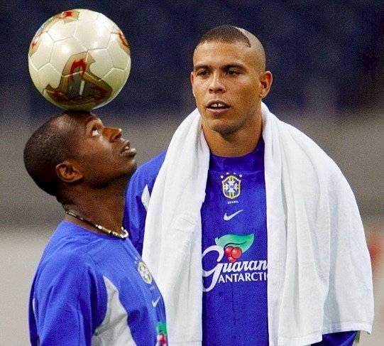 Edílson dice que es mejor que Messi y Neymar