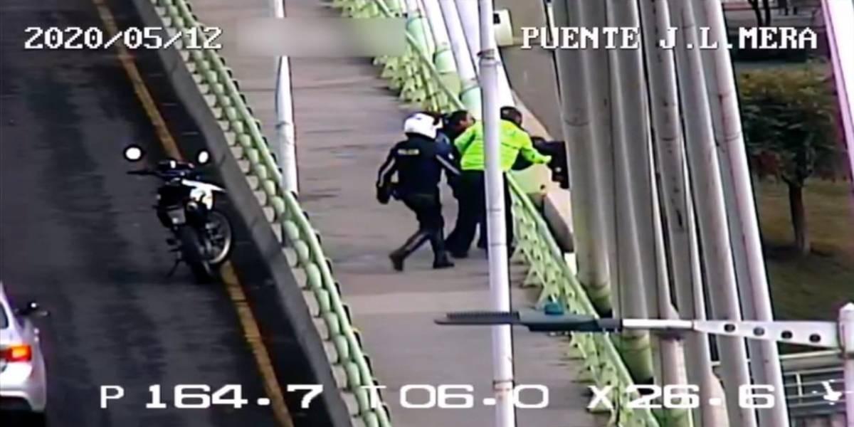Mujer de 31 años intentó suicidarse en un puente en Ambato