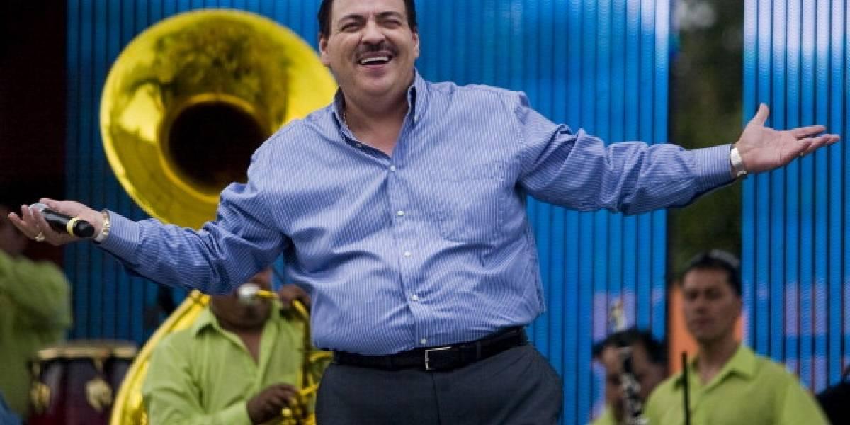 El cantante Julio Preciado fue hospitalizado por posible COVID-19