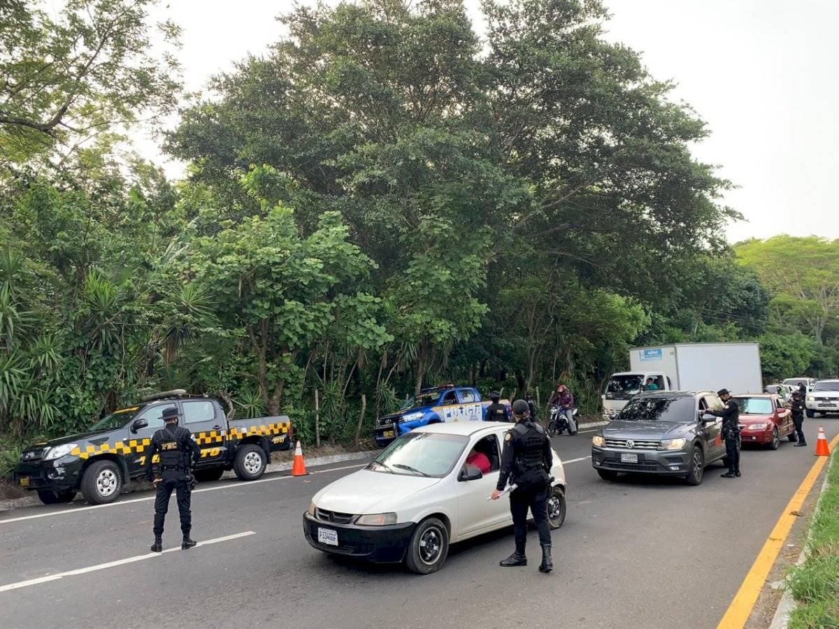 operativo en carretera a El Salvador por prohibición de circulación interdepartamental