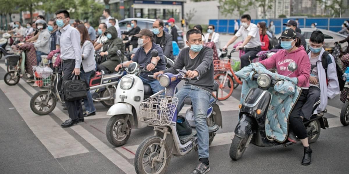 Wuhan fará testes em massa após novos casos