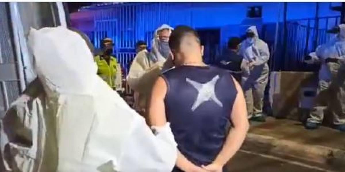 (Video) Autoridades sorprenden a 20 hombres en fiesta sexual en Cali, en plena cuarentena