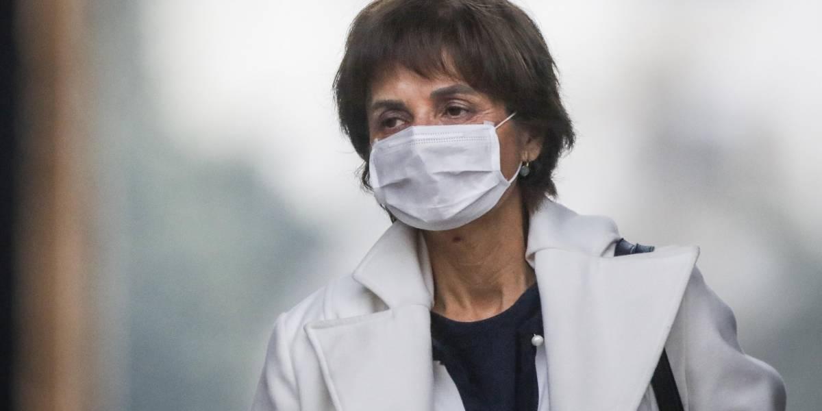 Partió otra grande: Minsal lamenta fallecimiento de sexta trabajadora de la salud por coronavirus