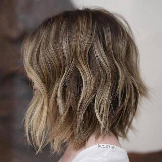 mechas para morenas con cabello corto