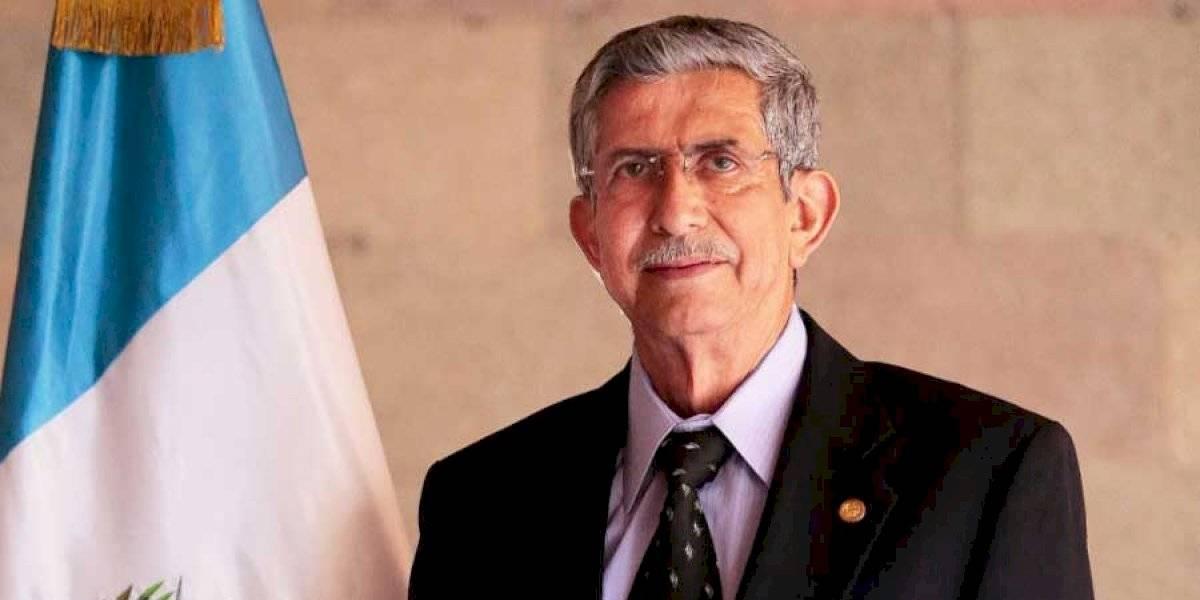 Ministro de Gobernación se recupera tras intervención quirúrgica