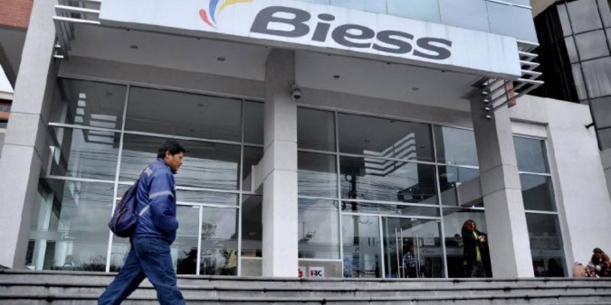 Afiliados al IESS podrán acceder a quirografarios pese a que empresas estén en mora
