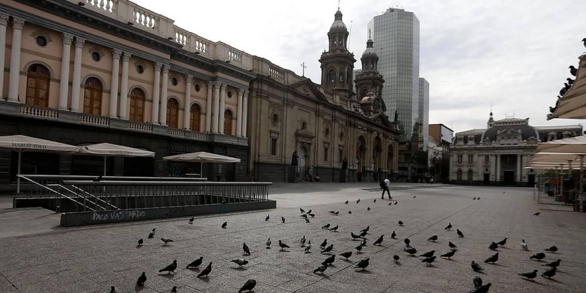 Ministro Paris: comunas de Santiago y Providencia siguen en cuarentena