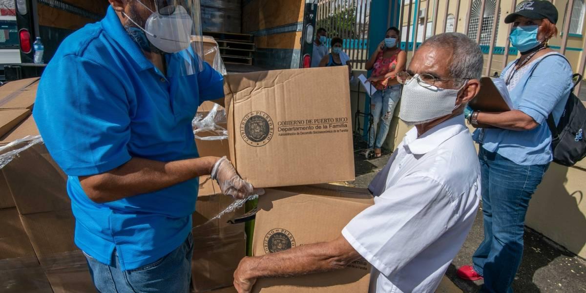 Distribuyen 1.4 millones de libras de alimentos a través de la isla